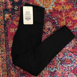 High Waisted Power Hold 7/8 Leggings Fabletics